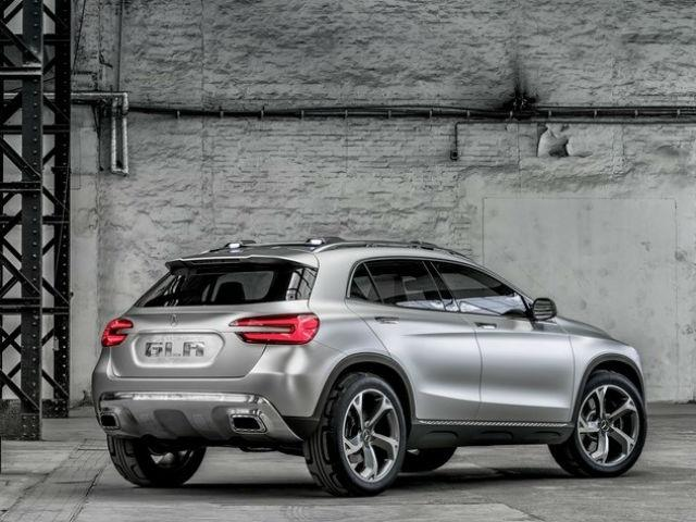Mercedes gla il nuovo crossover for Mercedes benz gla crossover