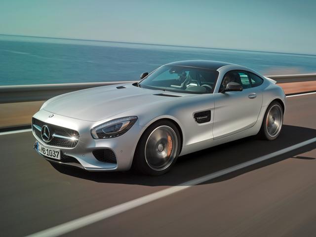 Mercedes AMG GT sfida il segmento Coupè di lusso