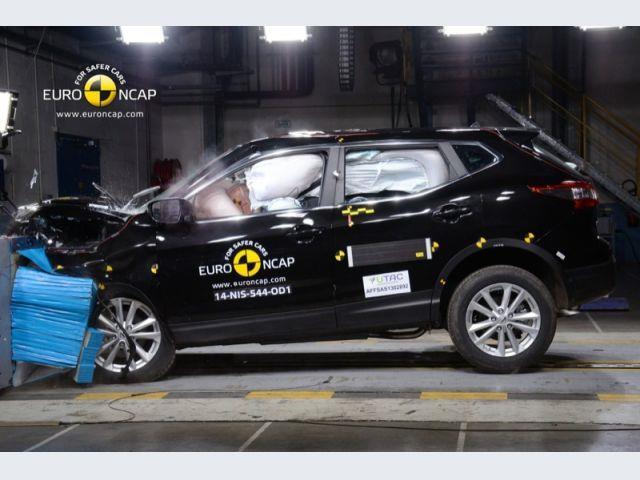 Nuova Nissan Qashqai: più sportività