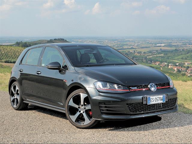 Volkswagen Golf GTI vs GTD: il confronto