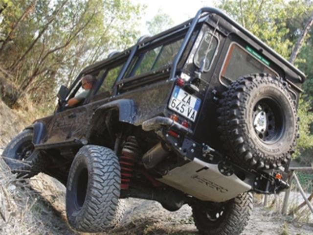 Land Rover Defender 110 TD4 by Herero