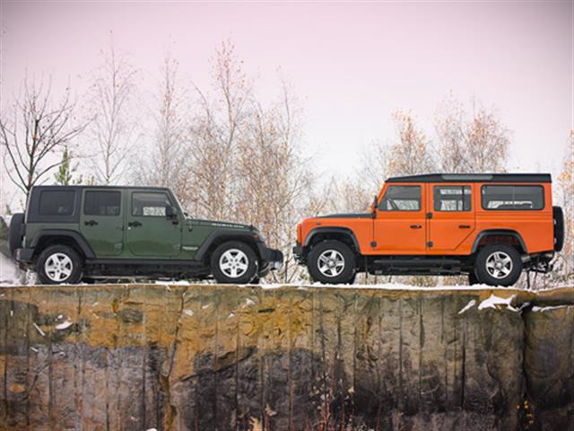 Jeep Wrangler o Land Rover Defender?